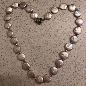Jewelry - Handmade necklace with freshwater pearl coins